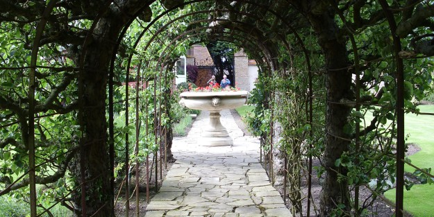 arbour and urn crop