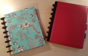 The ARC discbound notebook system from Staples.  The one on the left is a cover I made myself.